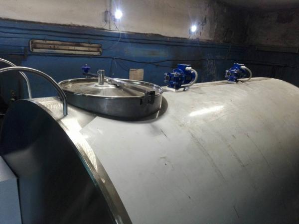 Танки-охладители молока горизонтально цилиндрические