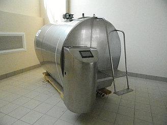 4000 литров. Резервуар-охладитель молока - закрытого типа
