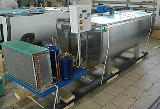 500 литров. Резервуар-охладитель молока - открытого типа
