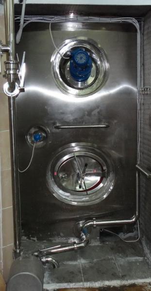 Емкость вертикальная - для хранения молока и молочных продуктов ОМВ-4
