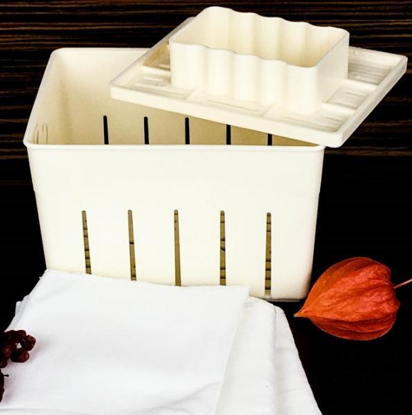 Форма до 400 г для прямоугольных сыров типа Фета, Тофу - с поршнем под пресс