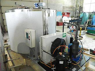Охладитель молока 2000 л. - открытого типа, вертикальный