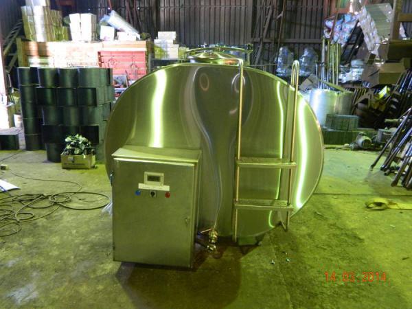 Охладитель молока  с автоматической мойкой - на 2500 л