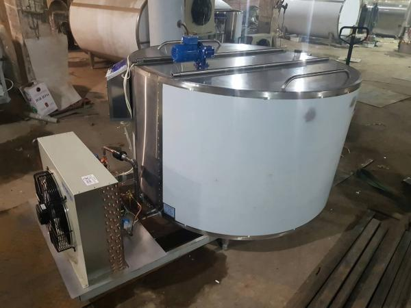 Охладитель молока вертикального типа ОМВТ (шайба) - на 3000 литров