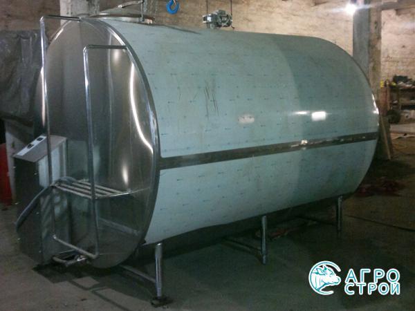 Охладитель молока - закрытого типа УОМЗТ 1000