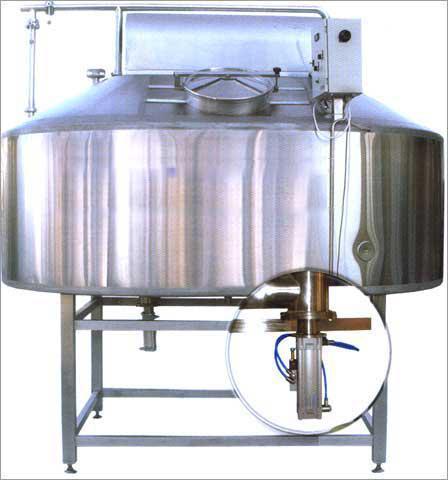 Сыроизготовитель объемом - до 10 000 литров