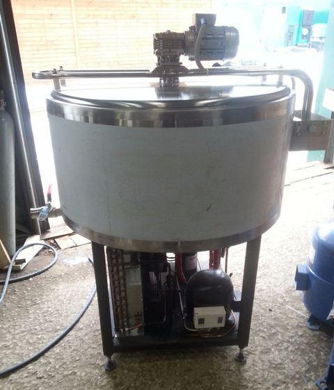 Танк-охладитель молока - открытого типа 220В на 200 л